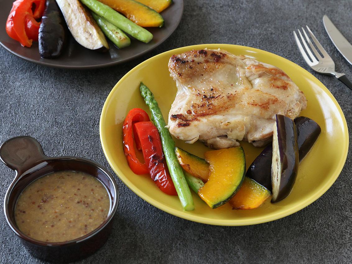 チキンと彩野菜のグリルハニージンジャーマスタードソースのイメージ